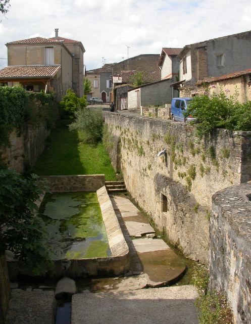 La Fontaine du Thuron